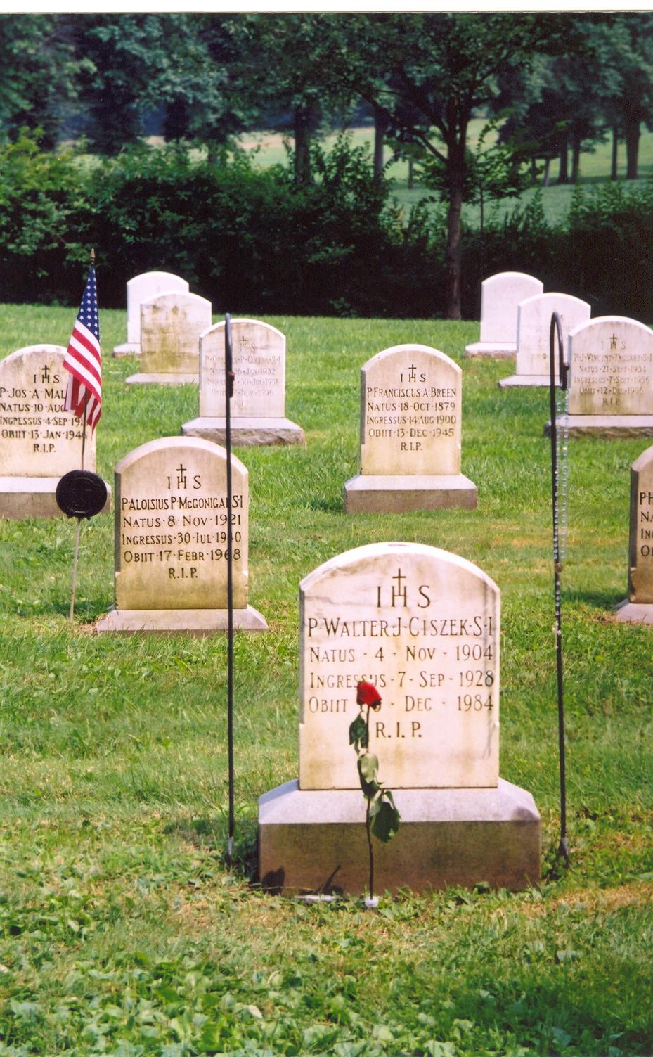 grave-of-walter-ciszek