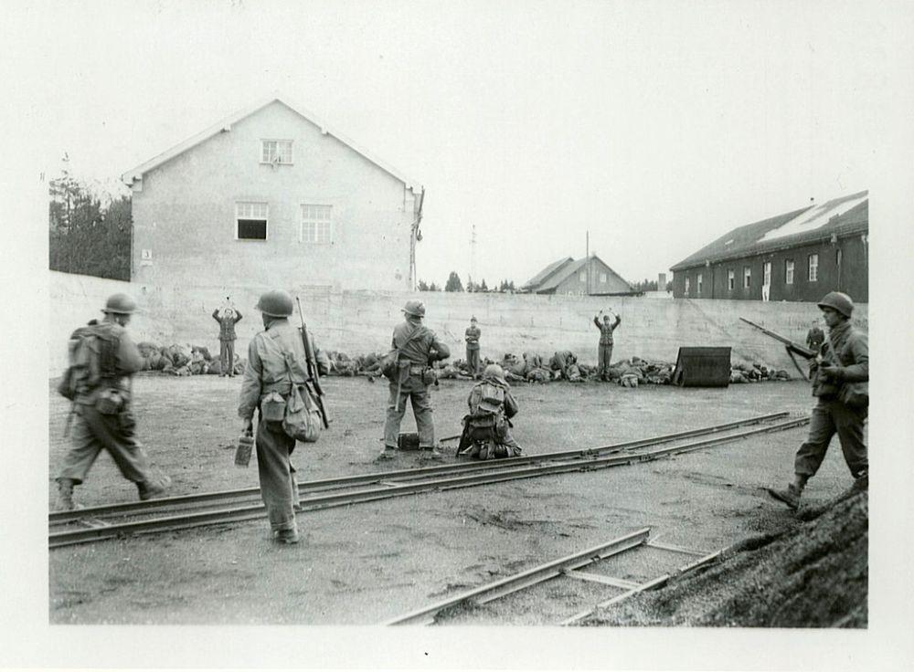 dachau-april-29-1945